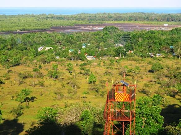 Ang zipline sa Rancho Mitra. Tanaw na tanaw din dito ang mga isla sa Puerto Princesa.